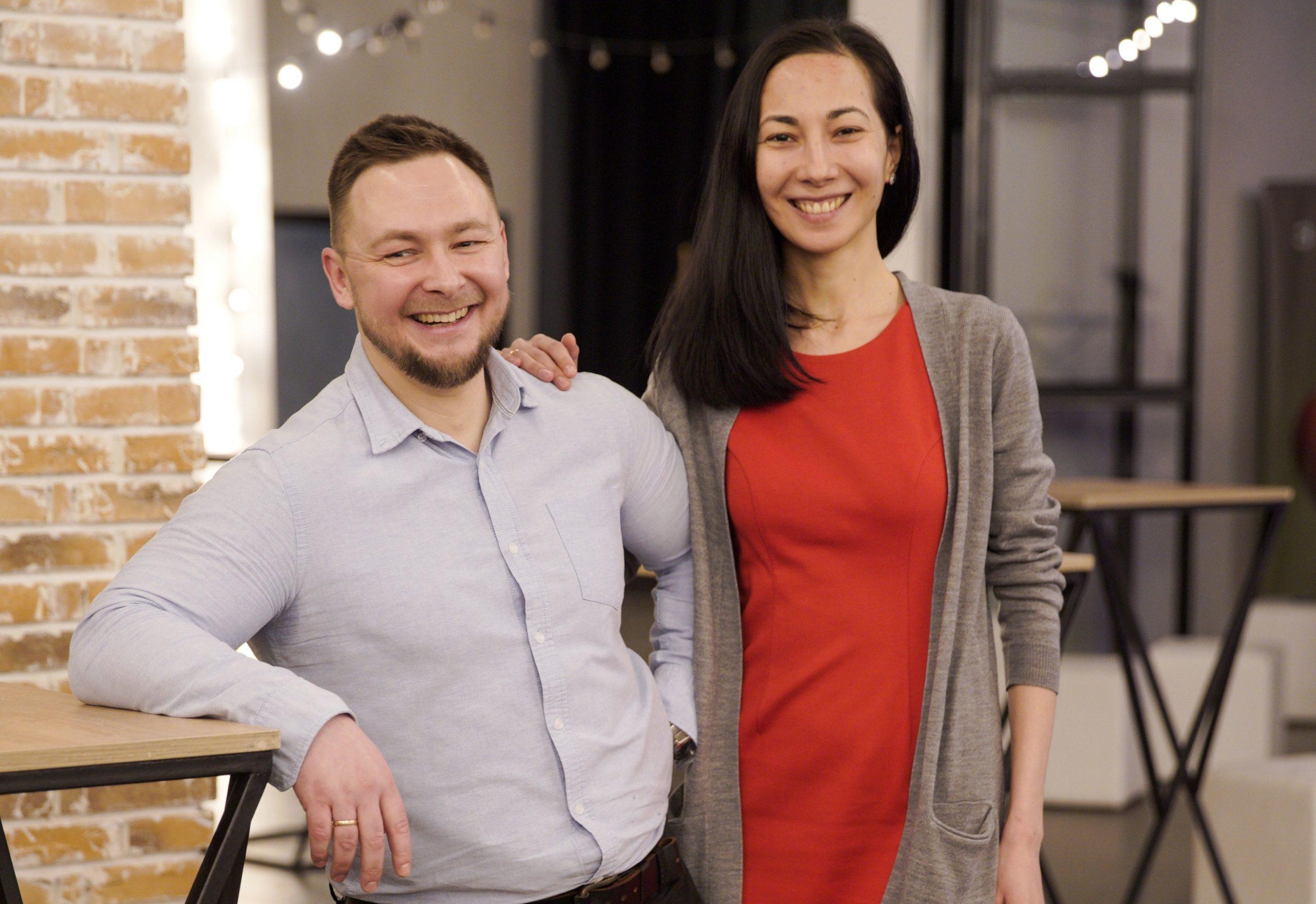 Макс та Аня Буковські - Залишатися в країні та бути щасливою сім'єю