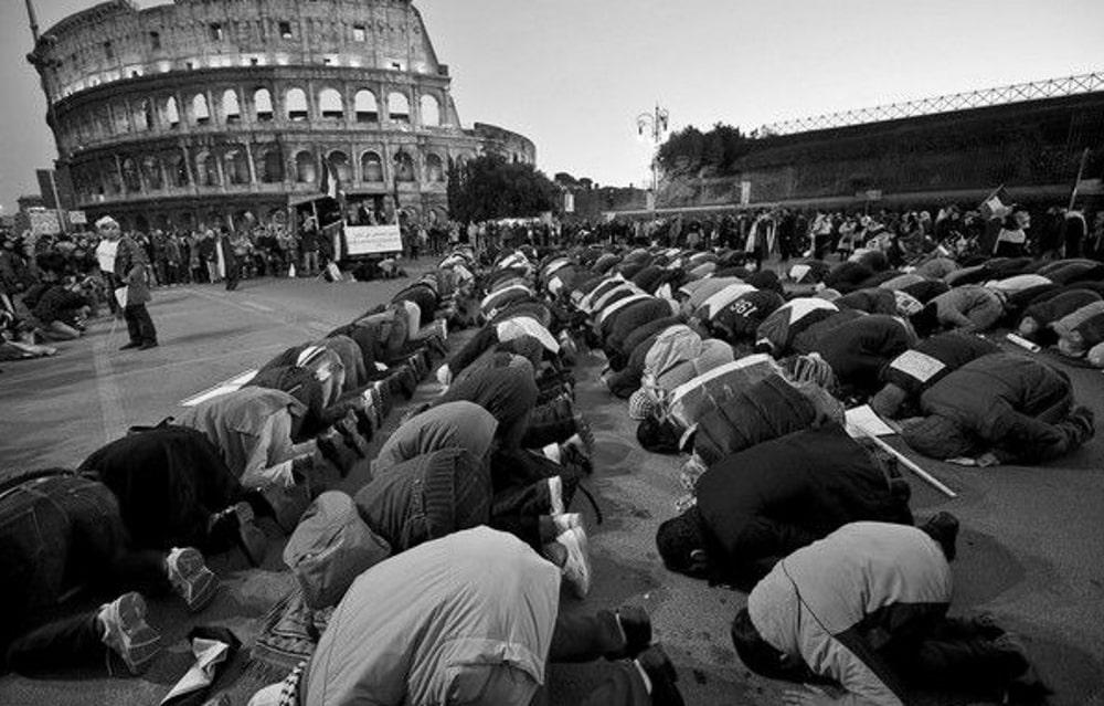 Мультикультурне самогубство Європи та ісламська стратегія підкорення