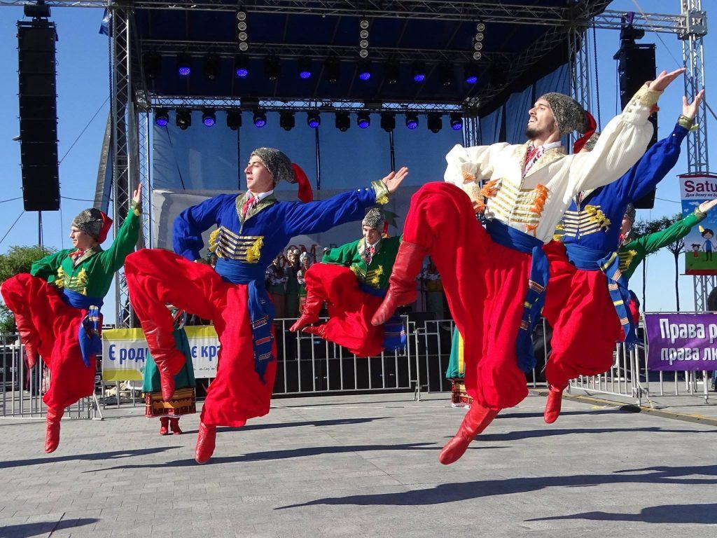 Конкурс народних танців, показ дитячої моди, гурт «Нотки» – які цікавинки чекають на фестивалі «Всі разом за сім'ю!» у Києві