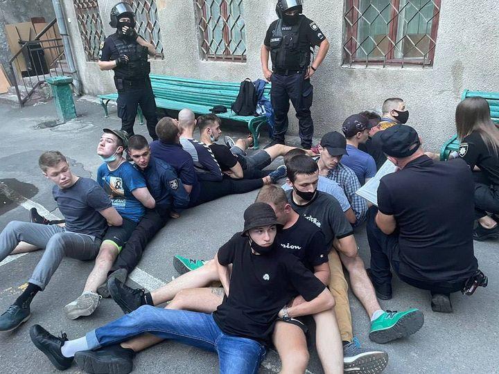"""Рух """"Всі разом!"""" вимагає створення слідчих комісій у Верховній Раді та МВС через незаконне затримання громадян в Одесі"""